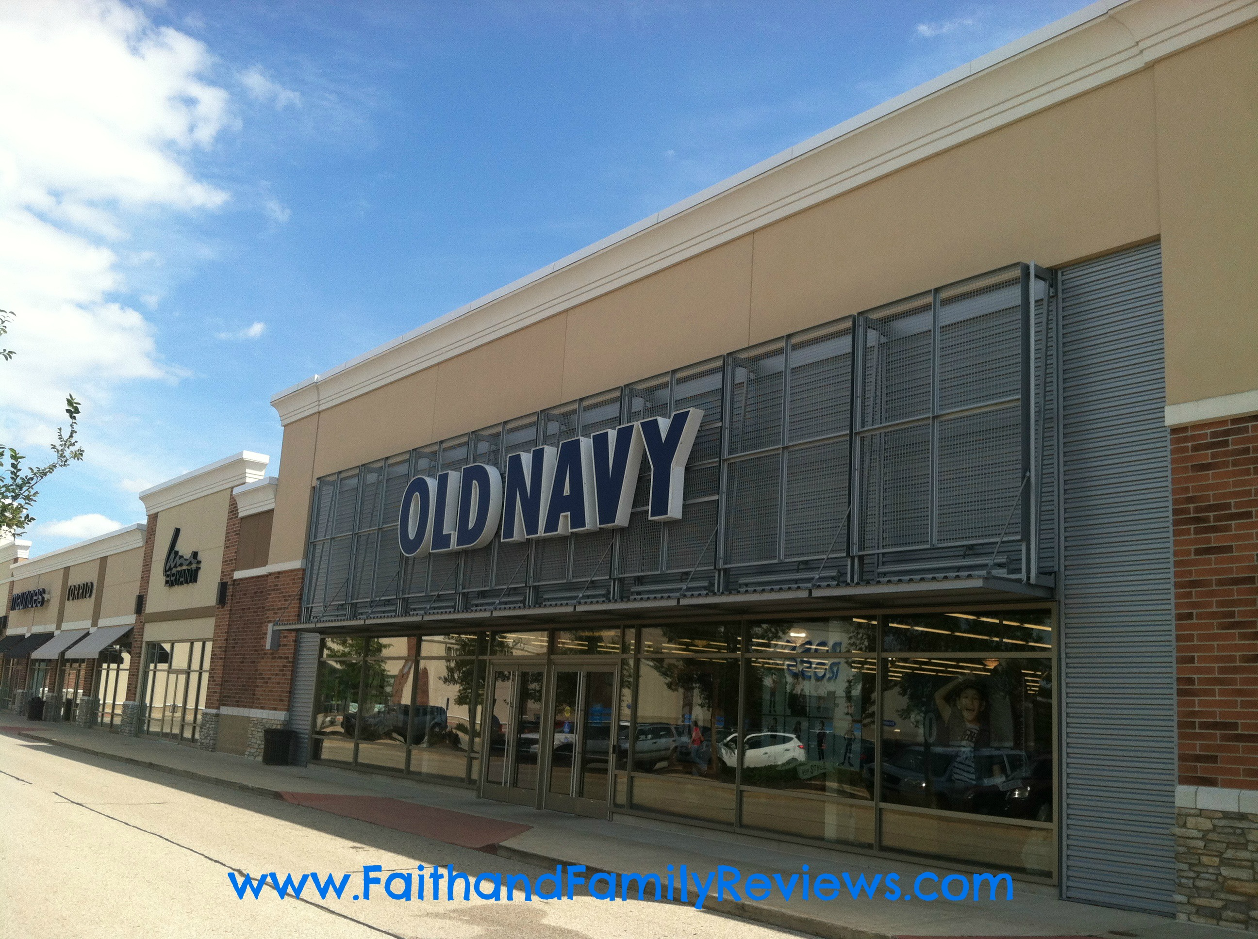 FFR Old Navy Store_edit