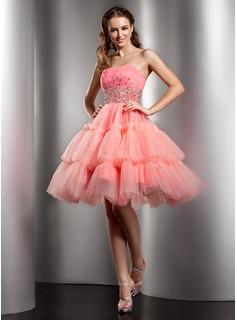 Sleeveless homecoming dresses