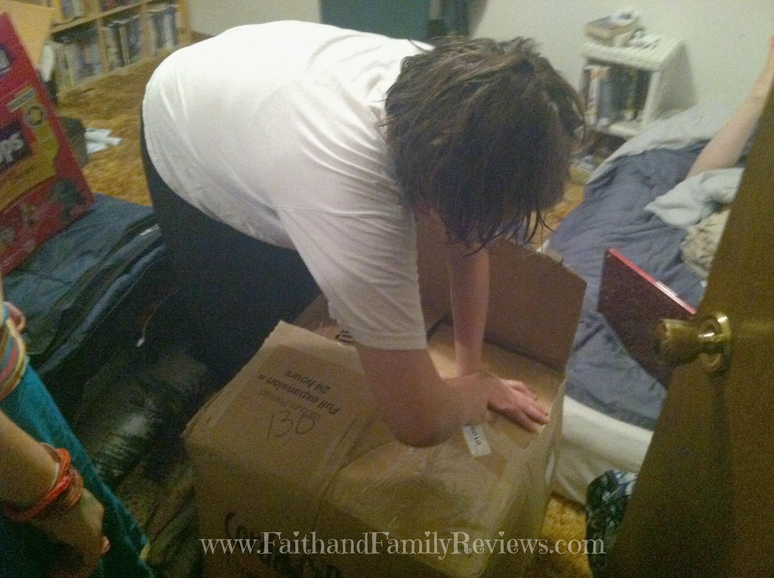 B opening CordaRoy's Box_