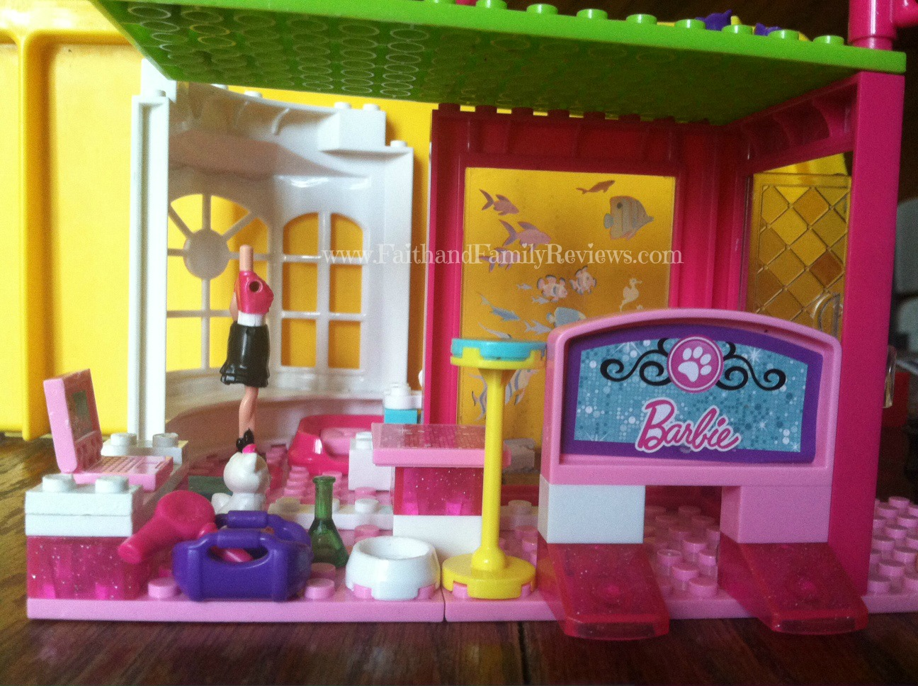 Mega Bloks Barbie Build 'n Style Pet Shop 3_