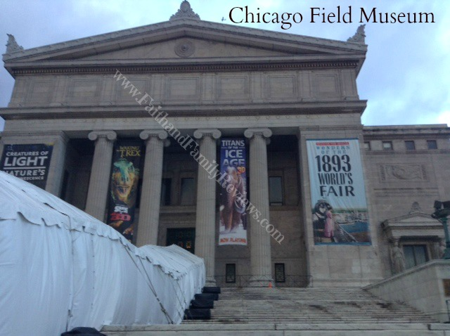 FFR Chicago Field Museum outside