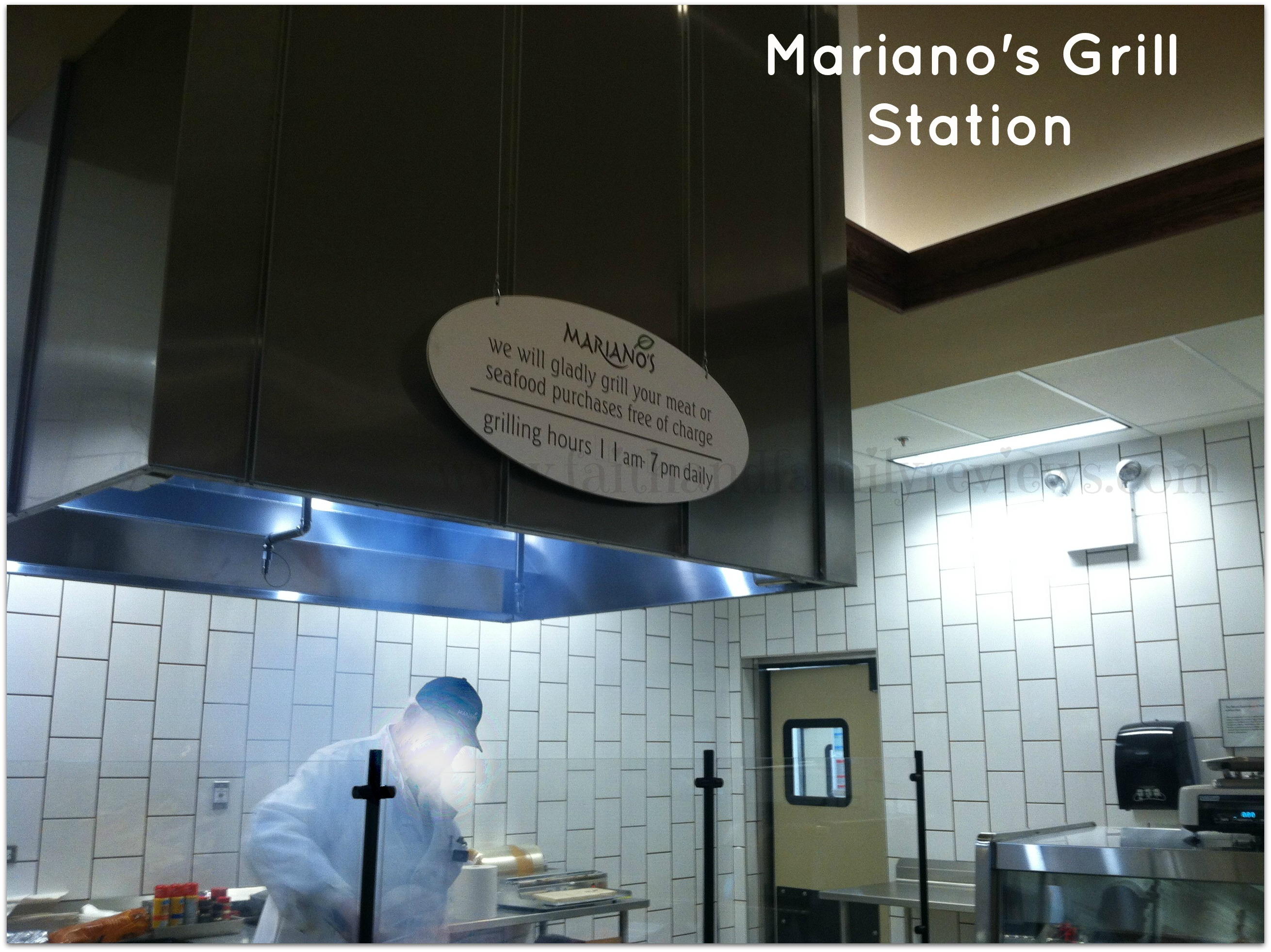 FFR Grocery Store Chicago Mariano's Grill Station