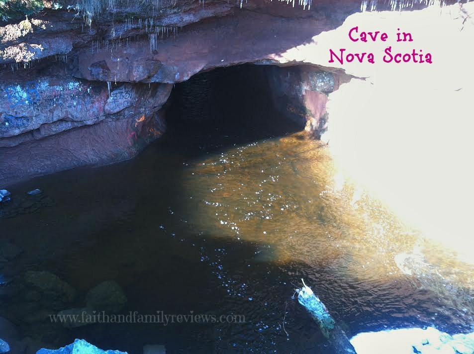 FFR Cave in Nova Scotia 112015